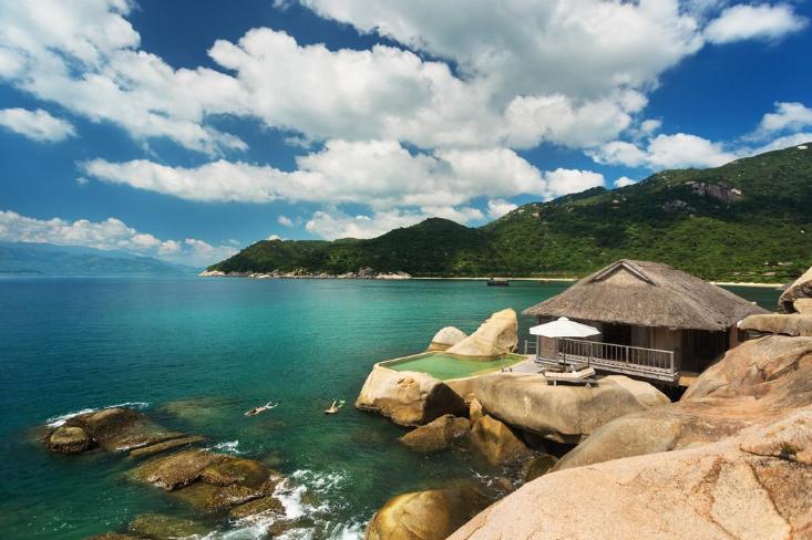 Vịnh Ninh Vân với vẻ đẹp nên thơ.